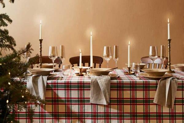 Božićne dekoracije za stol Zara Home