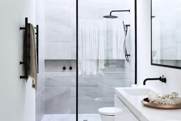 Kako urediti malu kupaonicu?