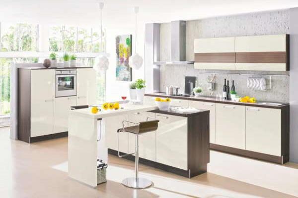 Moderne svijetle kuhinje